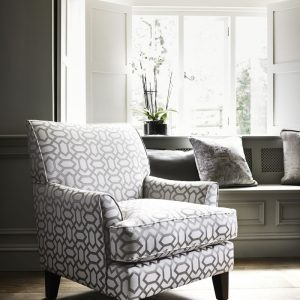Ashley Manor HETTY ACCENT CHAIR IN MAGGIE